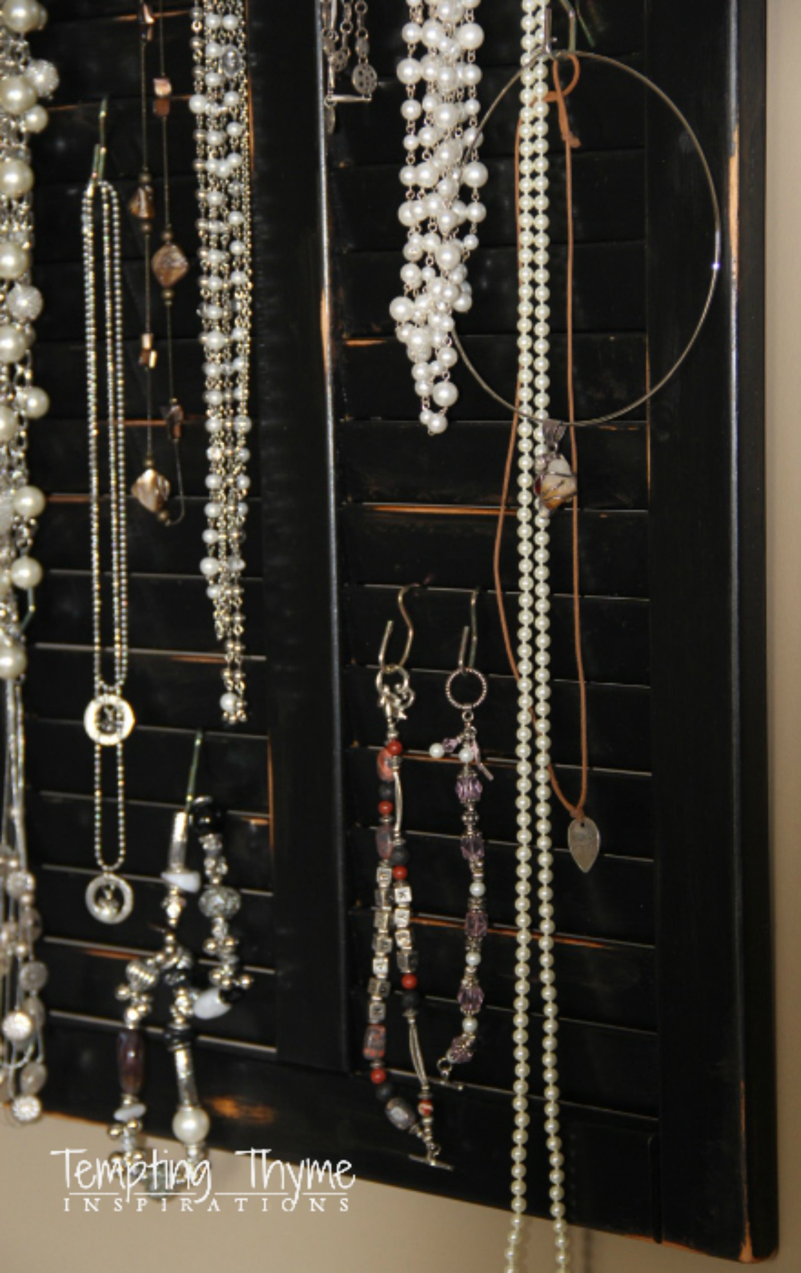 DIT Jewelry Organizer using a shutter