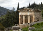 Sightseeing in Delphi Greece