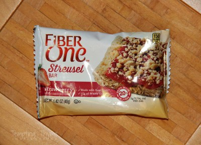 Fiber One Strawberry Streusel Bar